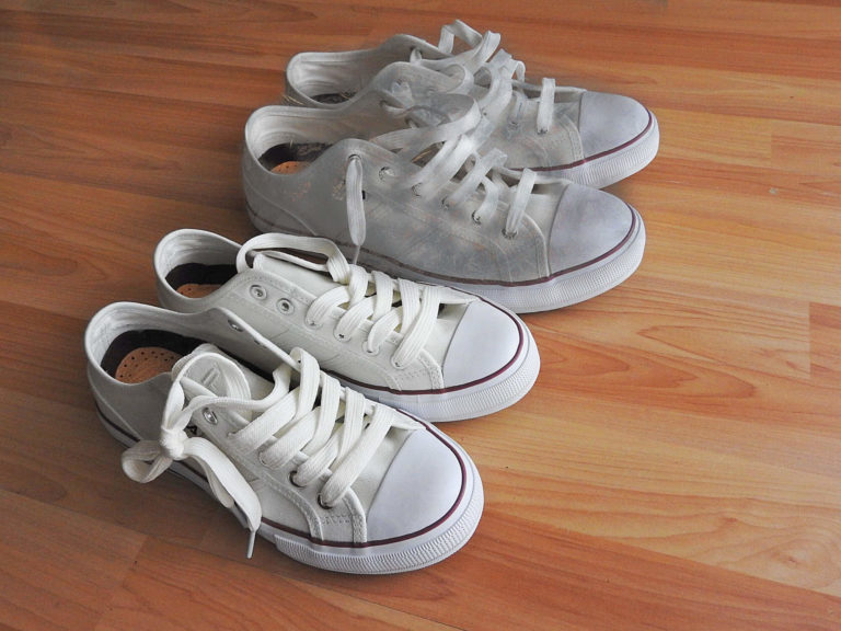 How to clean white shoes with Bleach or Baking Soda?